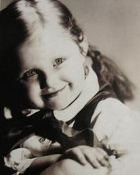Magda Umer wprzedszkolu - 1953 lub 1954 rok